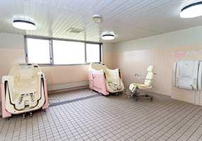 1階 特別浴室